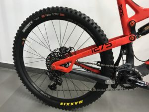 Intense Tracer Carbon 27,5 – 2017 4